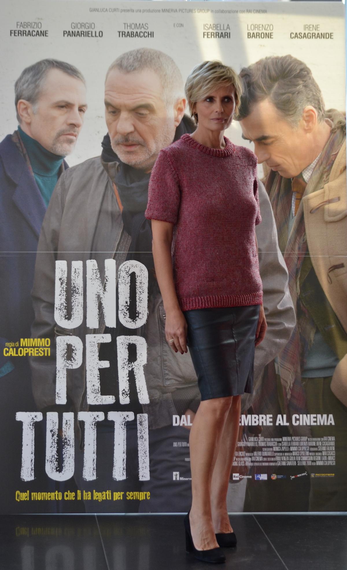 Una foto di Isabella Ferrari al photocall di Uno per tutti