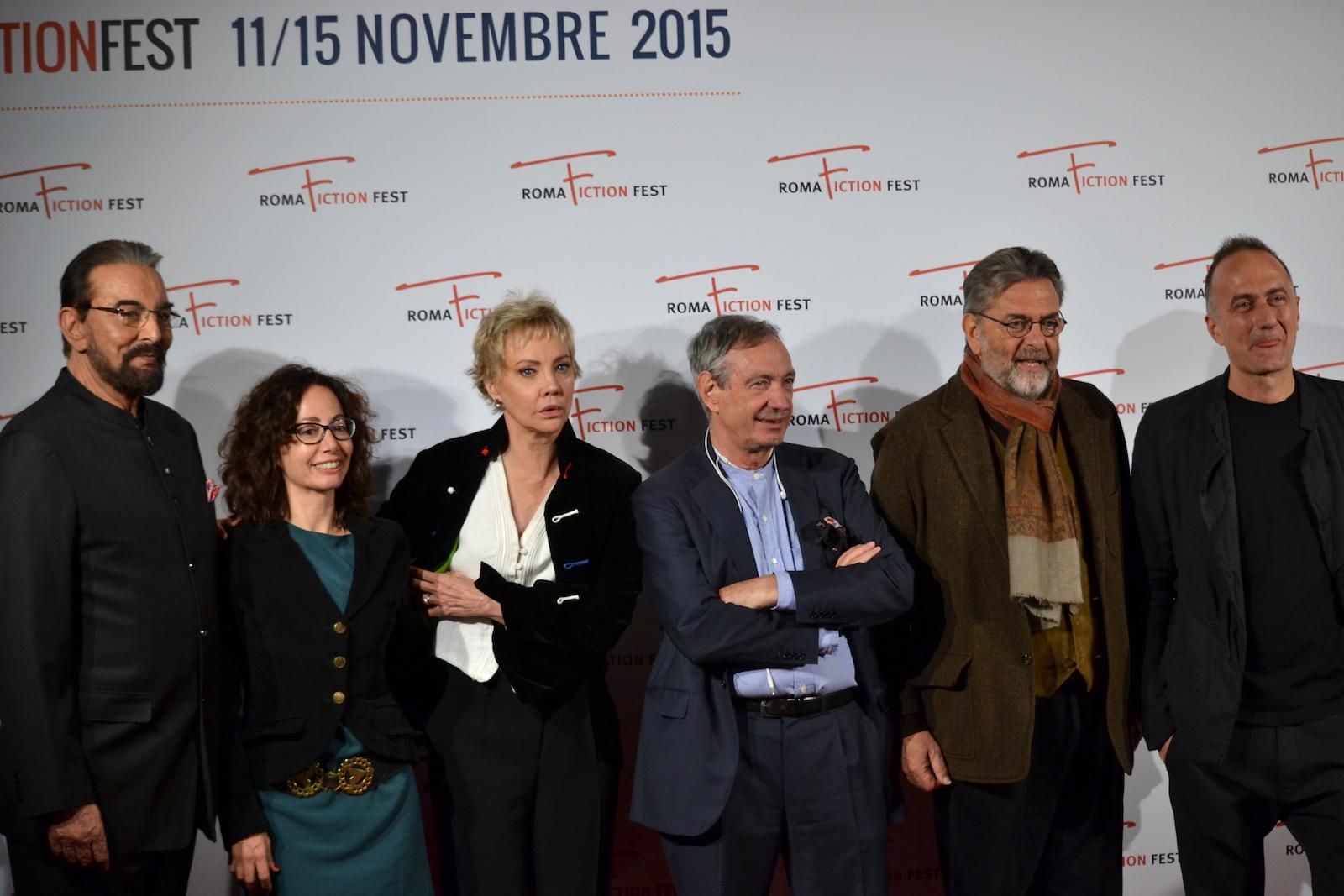 Roma Fiction Fest 2015: Kabir Bedi, Carole André, Stefano Sollima, Samanta Sollima, Andrea Giordana posano sul red carpet di Sandokan