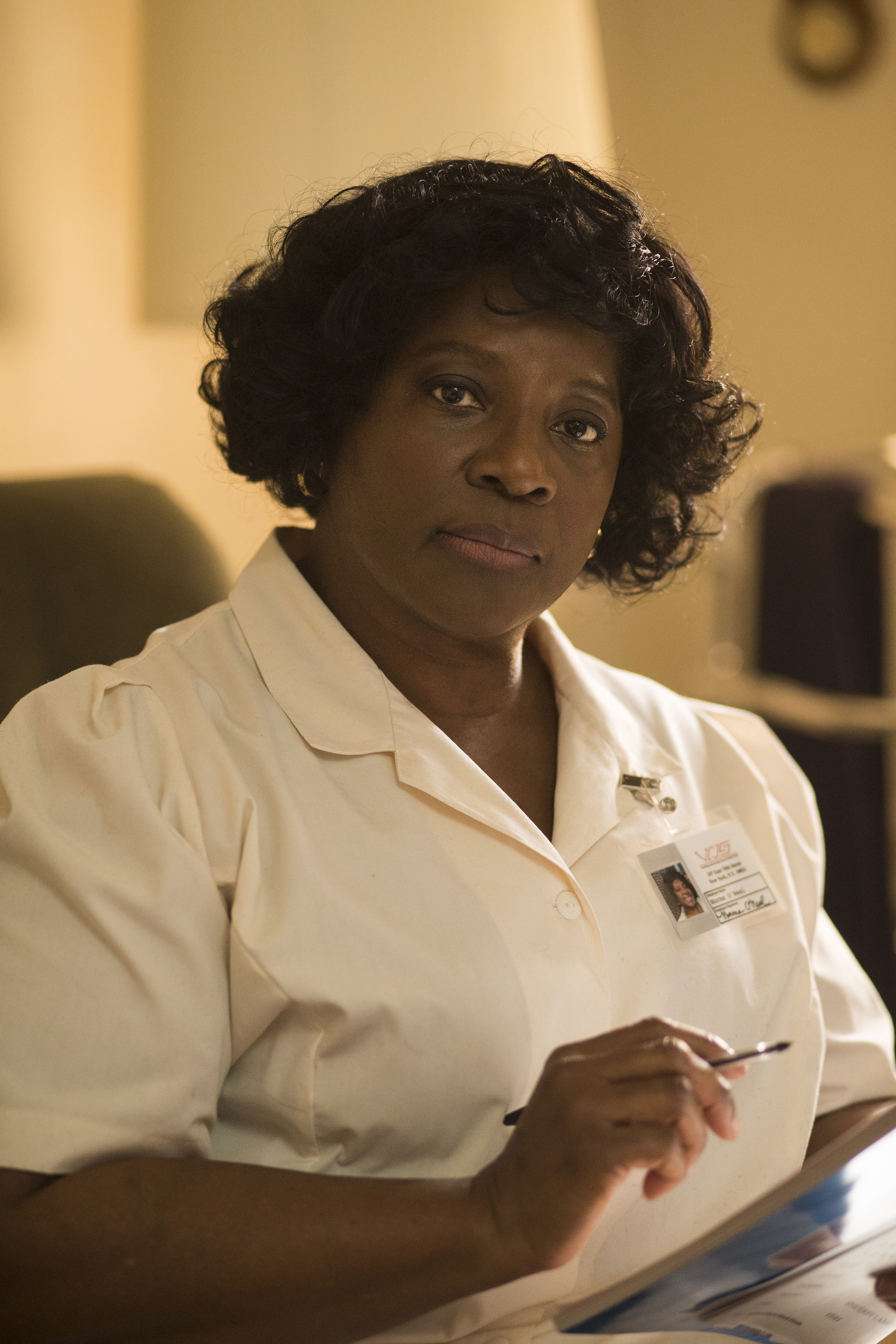 Show Me a Hero: l'attrice LaTanya Richardson Jackson in una scena della miniserie