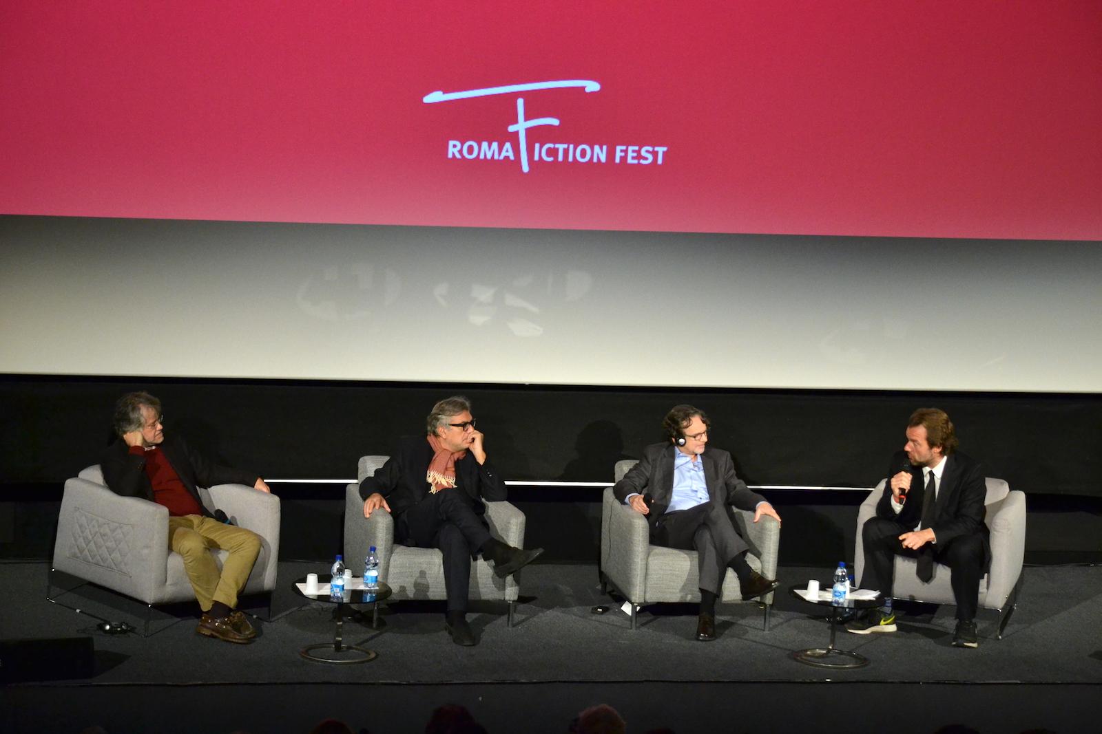 Roma Fiction Fest 2015: Giancarlo de Cataldo, Frank Spotnitz, Andrea Porporati durante la masterclass