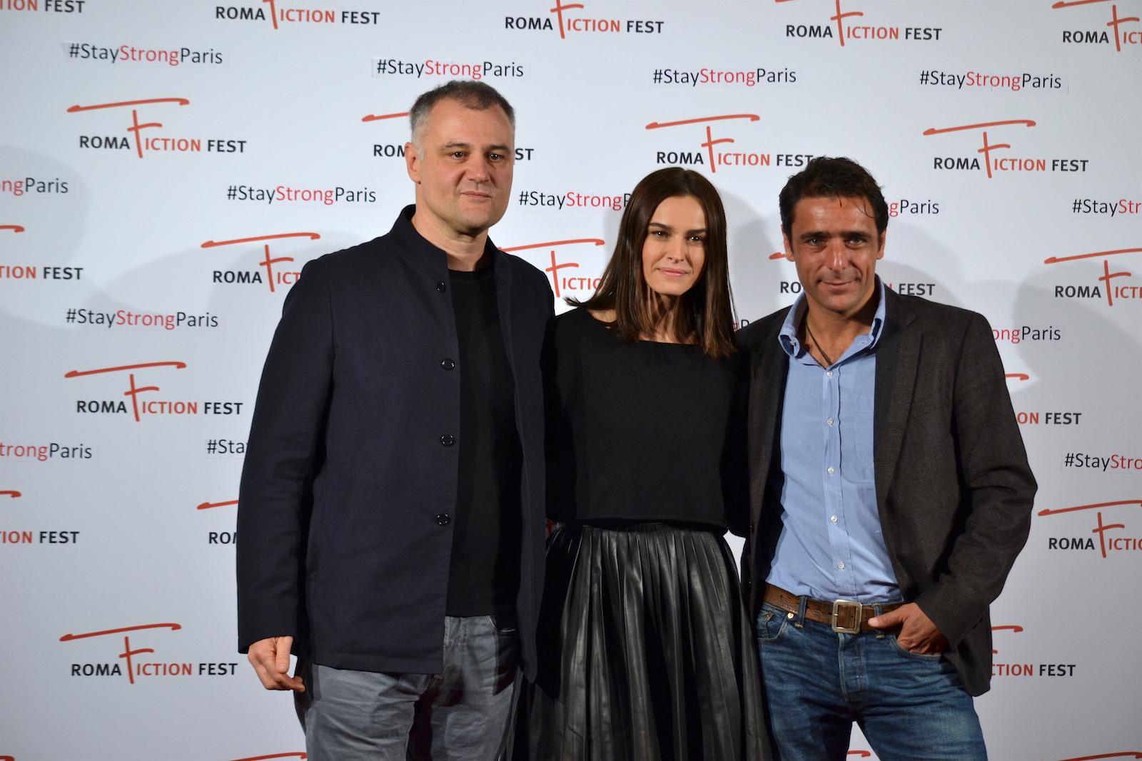 Roma Fiction Fest 2015: Lucio Pellegrini, Kasia Smutniake Adriano Giannini al photocall di Limbo