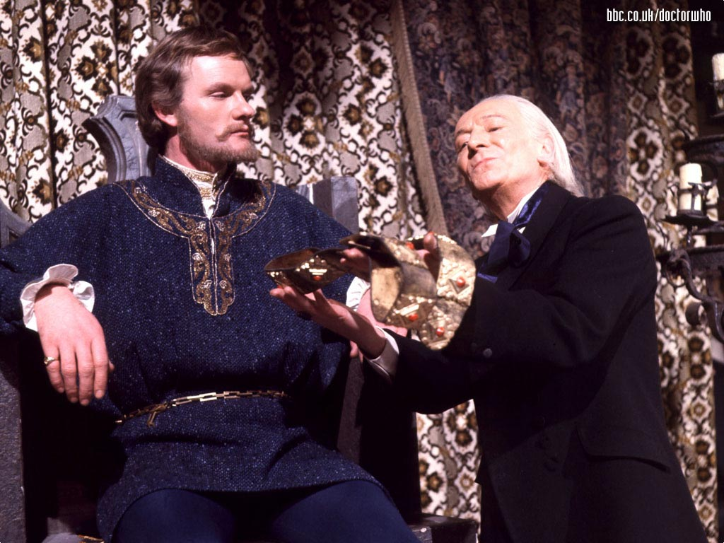 Julian Glover insieme al Dottore in una foto tratta dalla serie Doctor Who