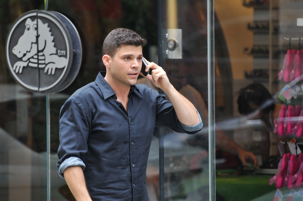 Club Life: Jerry Ferrara in una scena del film