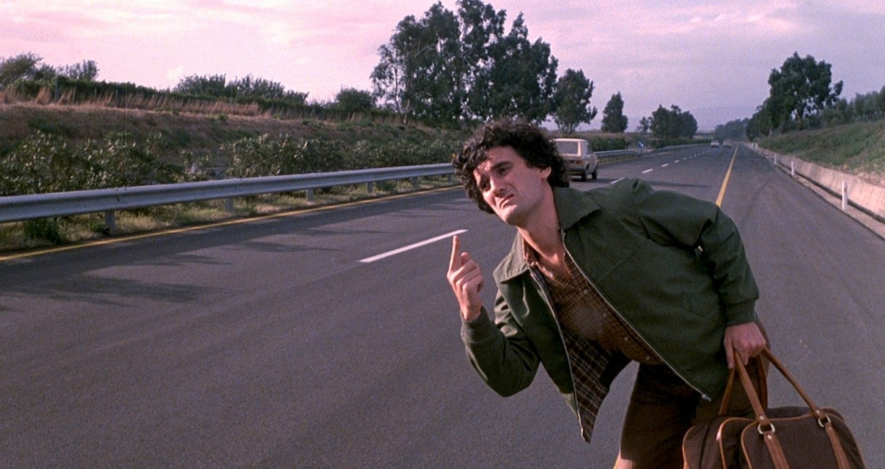 Ricomincio da tre: Massimo Troisi fa l'autostop