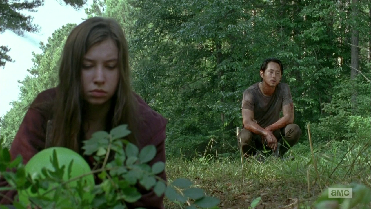 The Walking Dead: Katelyn Nacon e Steven Yeun in Heads Up