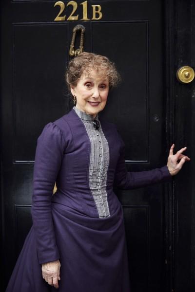 Sherlock: Una Stubbs nel character poster dello speciale The Abominable Bride