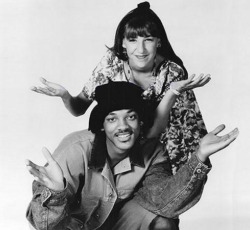 Mayim Bialik e Will Smith in una foto del crossover tra Blossom e Willy, il principe di Bel Air