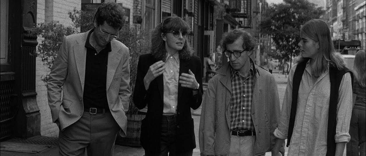 Manhattan: in scena Diane Keaton, Woody Allen e Mariel Hemingway