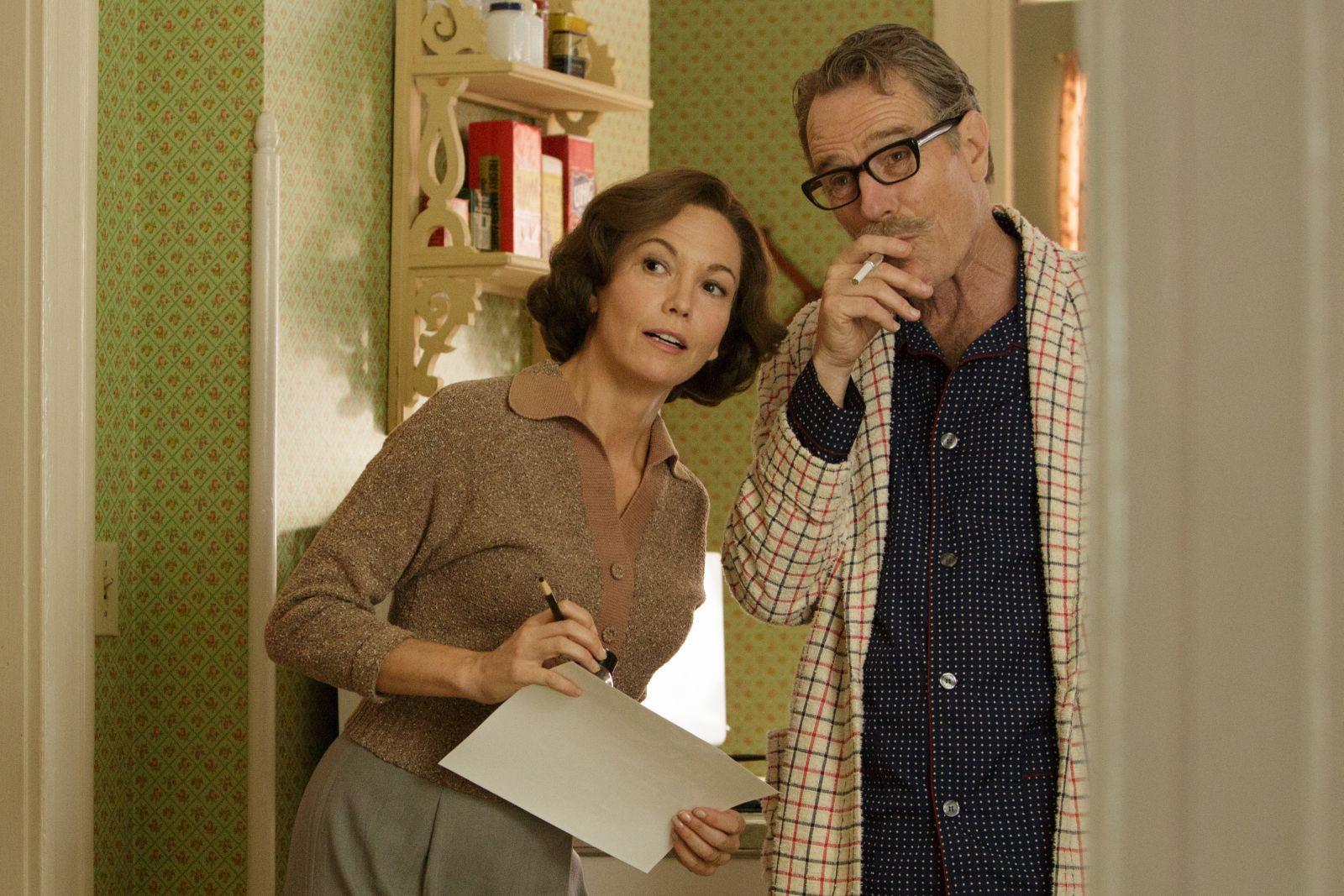 L'ultima parola - La vera storia di Dalton Trumbo: Diane Lane e Bryan Cranston in una scena del film