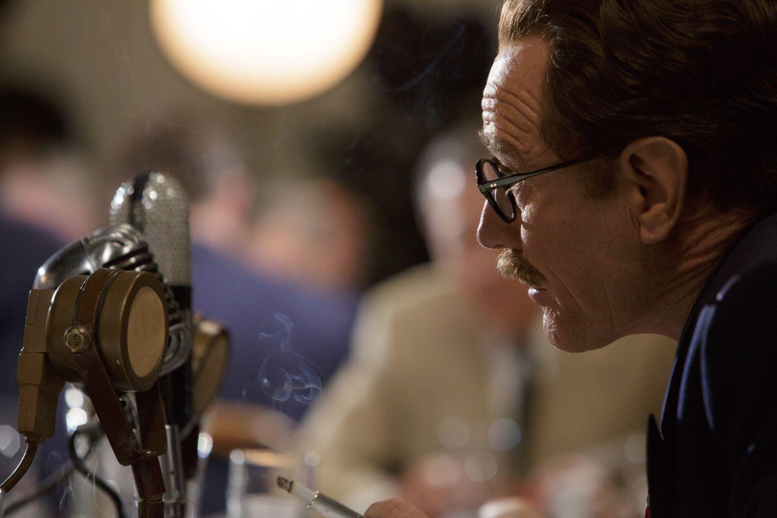 L'ultima parola - La vera storia di Dalton Trumbo: Bryan Cranston in una scena del film