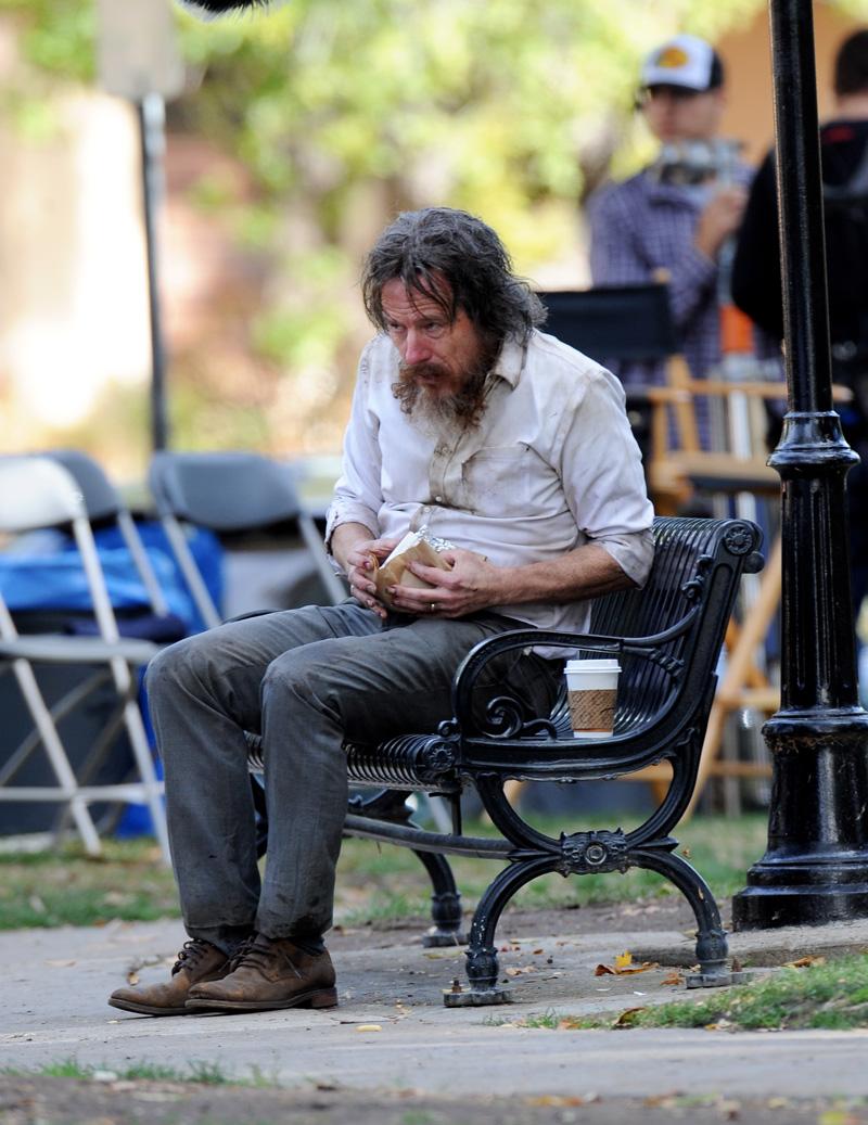 Wakefield: l'attore Bryan Cranston durante le riprese