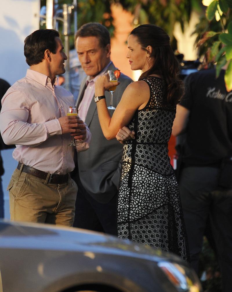 Wakefield: Bryan Cranston e Jennifer Garner sul set