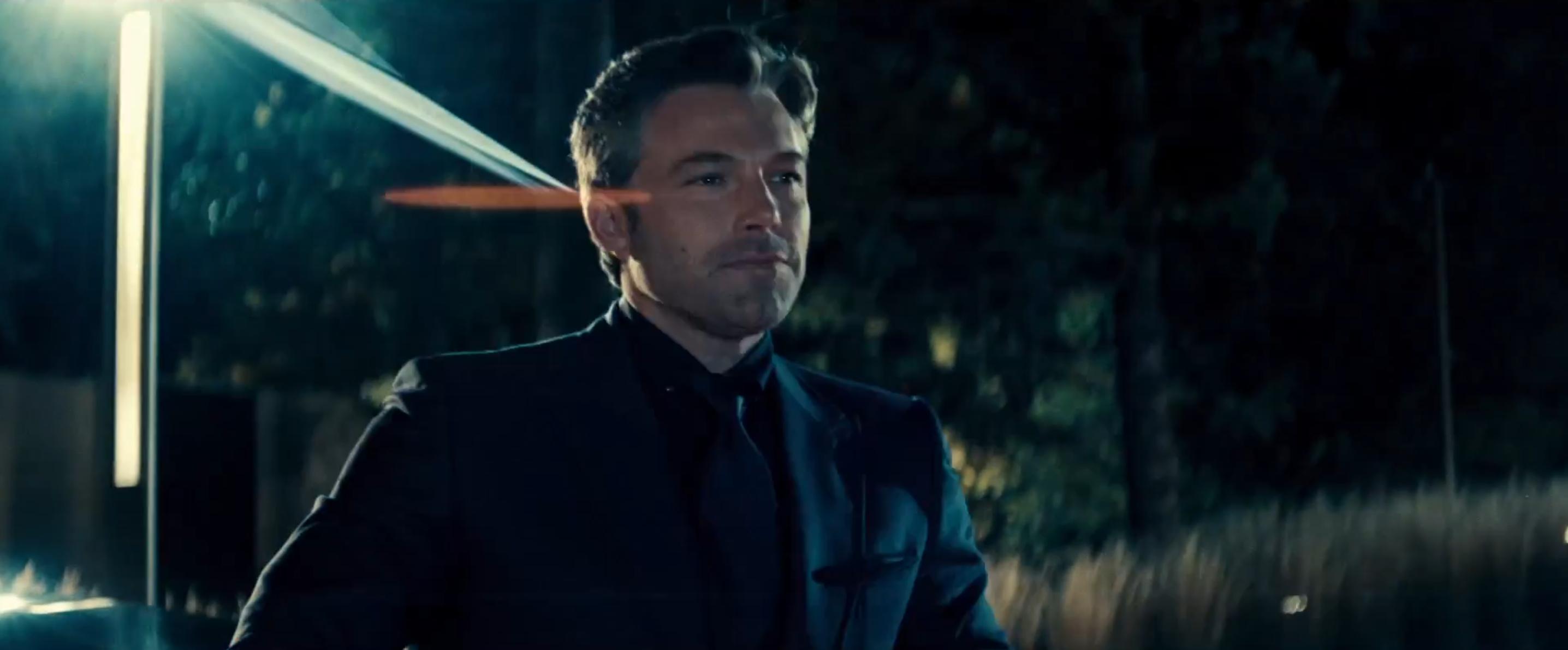 Batman v Superman: Ben Affleck in una scena del nuovo trailer