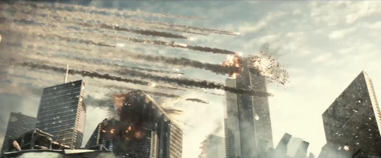 Batman v Superman: una scena di distruzione del nuovo trailer