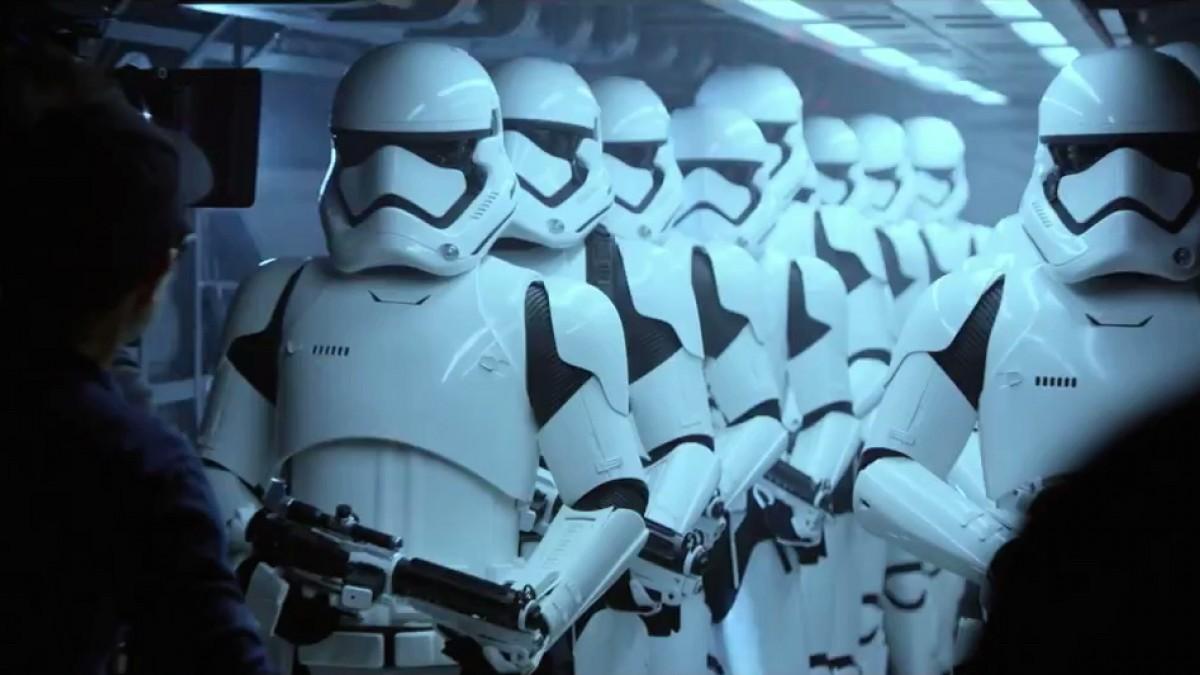 Star Wars: Il risveglio della forza, una scena dal set del film