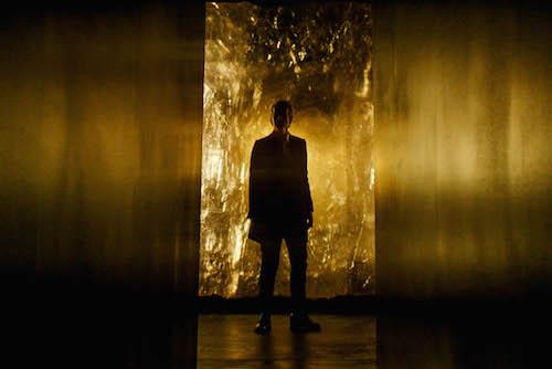 Doctor Who: Peter Capaldi è il Dottore in una foto dell'episodio Heaven Sent