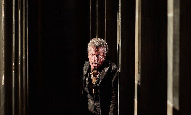 Doctor Who: Peter Capaldi in una drammatica scena di Heaven Sent