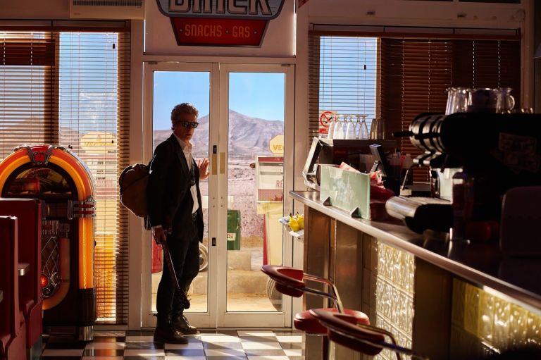 Doctor Who: l'attore Peter Capaldi in una scena della puntata Hell Bent