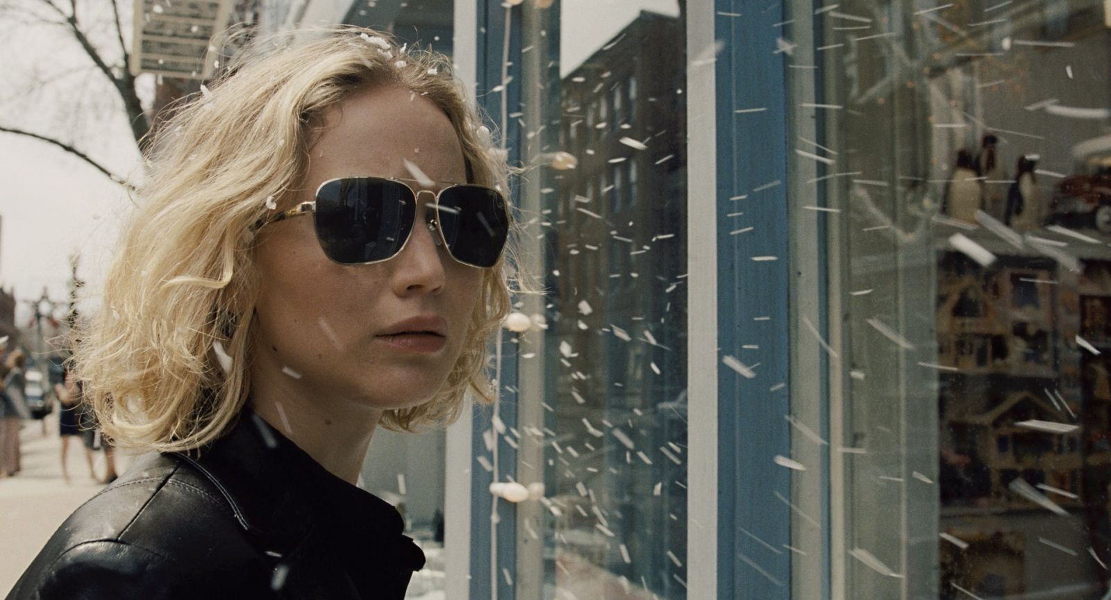 Joy: un primo piano di Jennifer Lawrence
