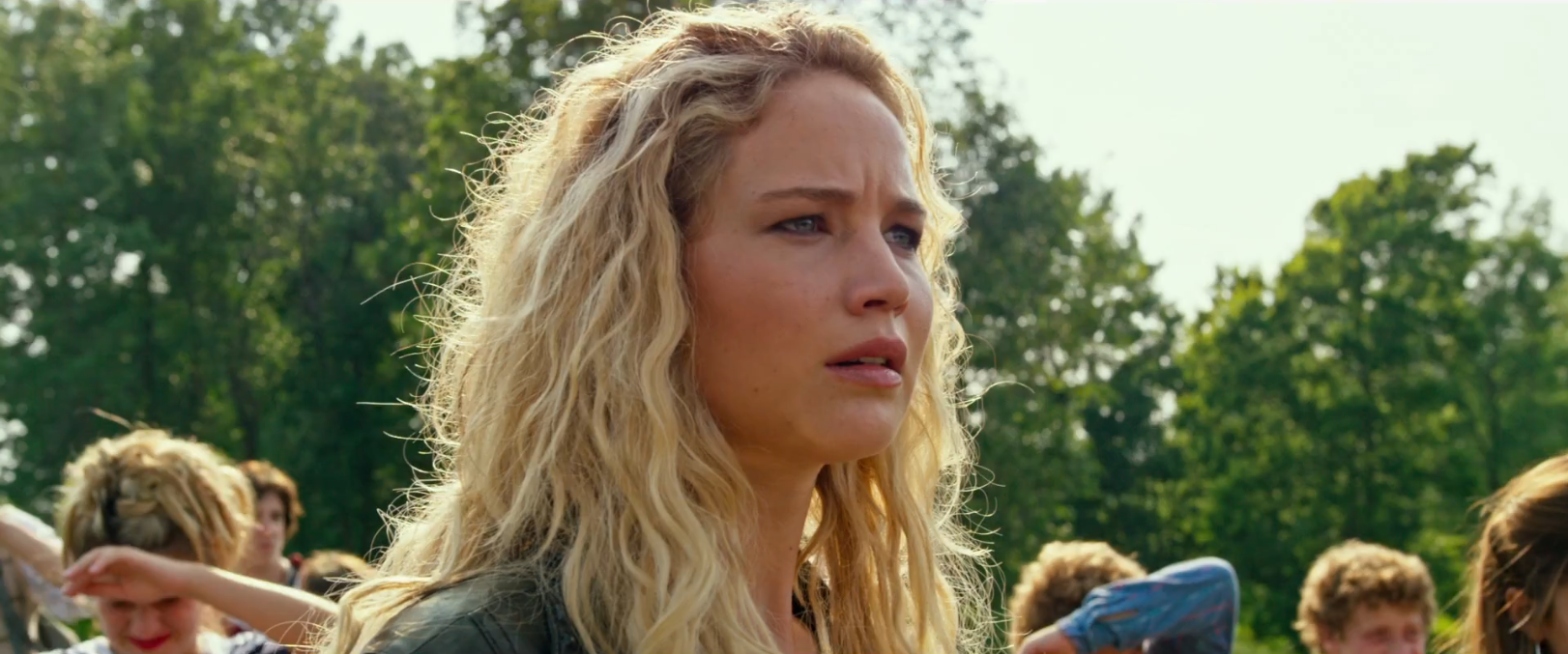 X-Men: Apocalypse: Jennifer Lawrence nel primo trailer del film