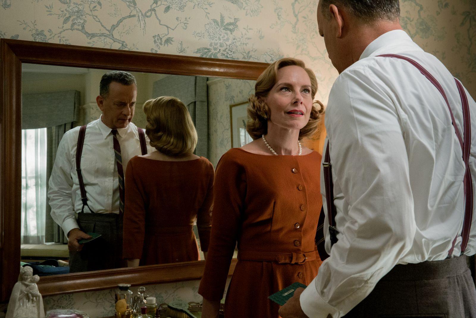Il ponte delle spie: Tom Hanks con Amy Ryan in una scena del film