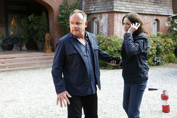 CSI: Scena del crimine - Wallace Langham e Jorja Fox in Immortality