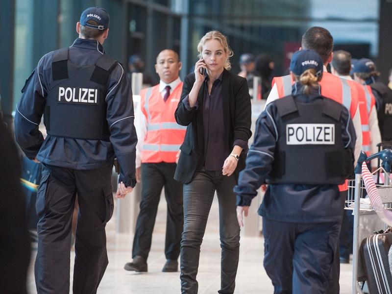 Homeland: Nina Hoss in una foto dell'episodio A False Glimmer