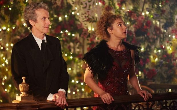 Doctor Who: Peter Capaldi e Alex Kingston in una foto dello speciale di Natale intitolato The Husbands of River Song