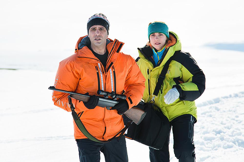 Quo vado?: Checco Zalone ed Eleonora Giovanardi in una scena del film sulla neve