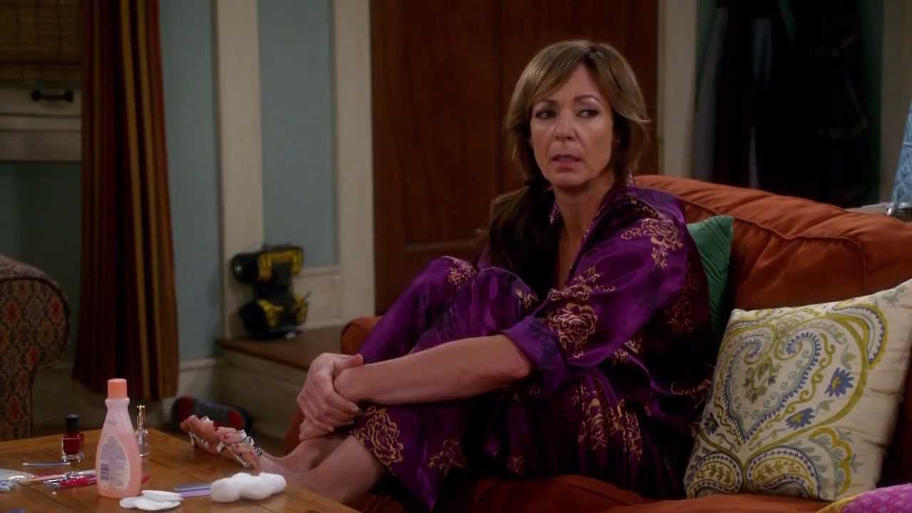 Allison Janney in Mom, stagione 2