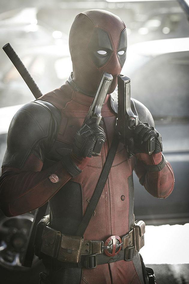 Deadpool: Ryan Reynolds e le sue due pistole