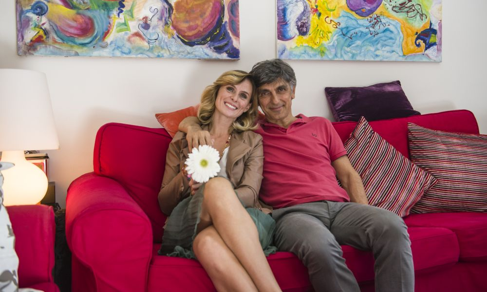 Se mi lasci non vale - Serena Autieri con Vincenzo Salemme in una foto del film