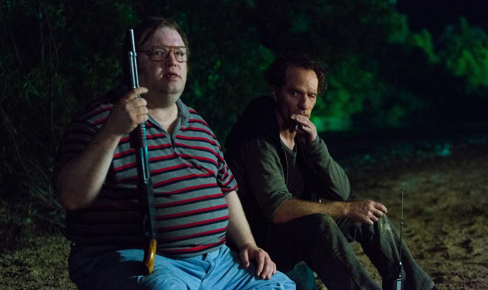 Hap and Leonard: Jeff Pope e Neil Sandilands in una scena