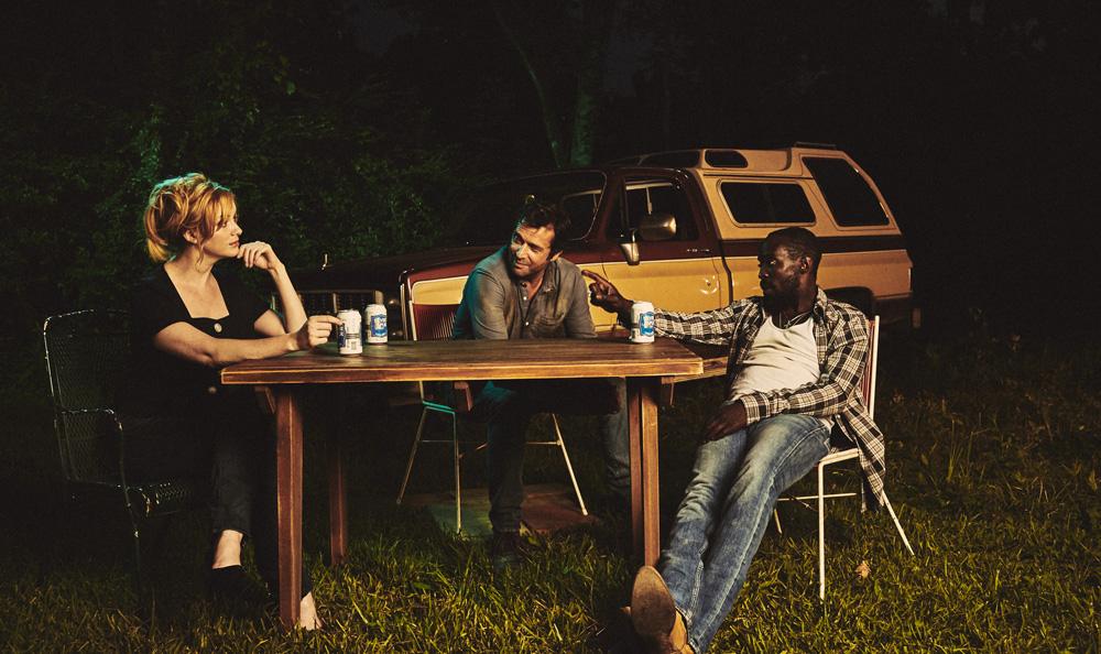 Hap and Leonard: Christina Hendricks, James Purefoy e Michael Kenneth Williams seduti sotto le stelle