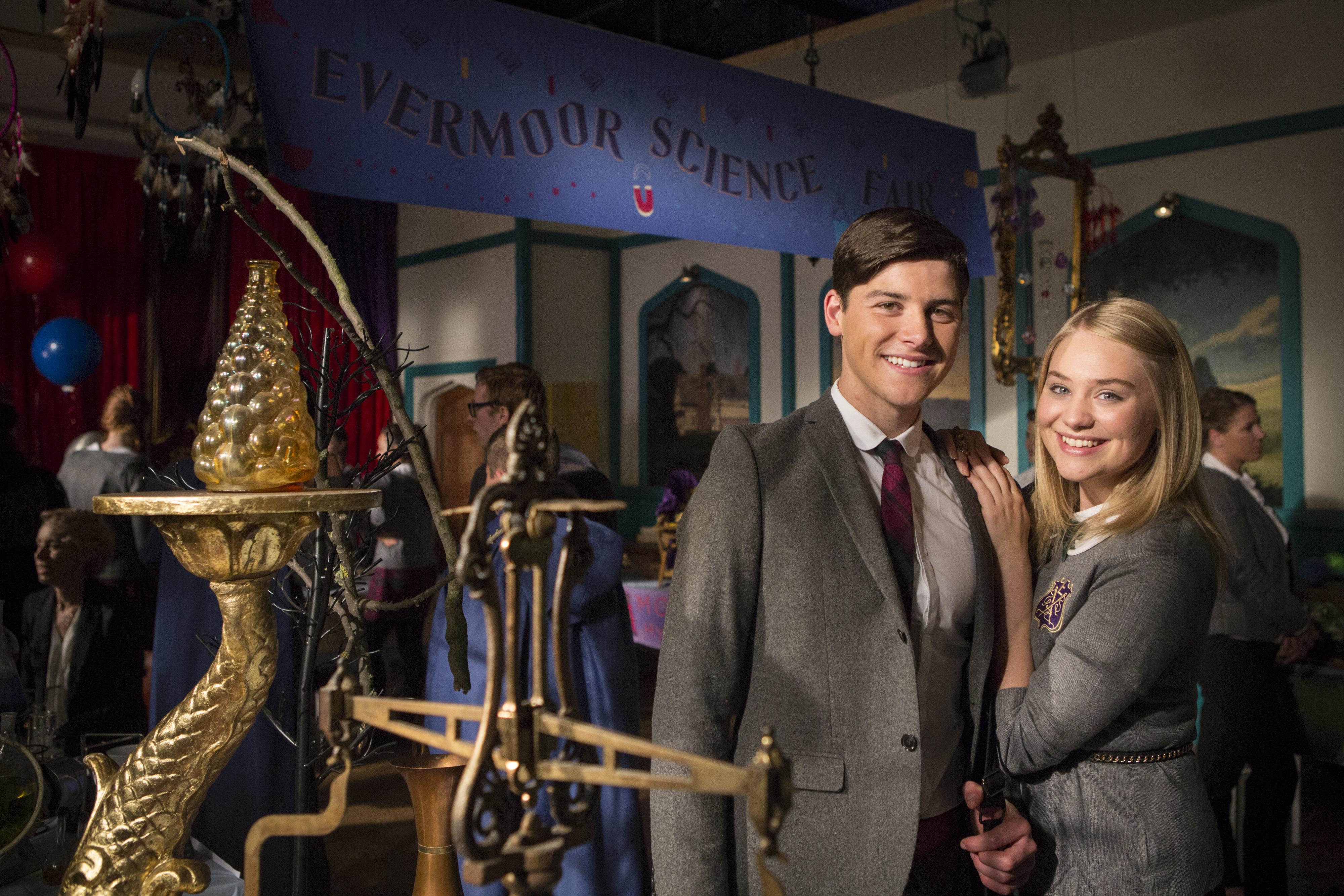 Le Cronache di Evermoor: una scena della serie fantasy con Georgia Lock