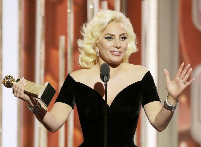 Lady Gaga premiata ai Golden Globes 2016 per American Horror Story: Hotel