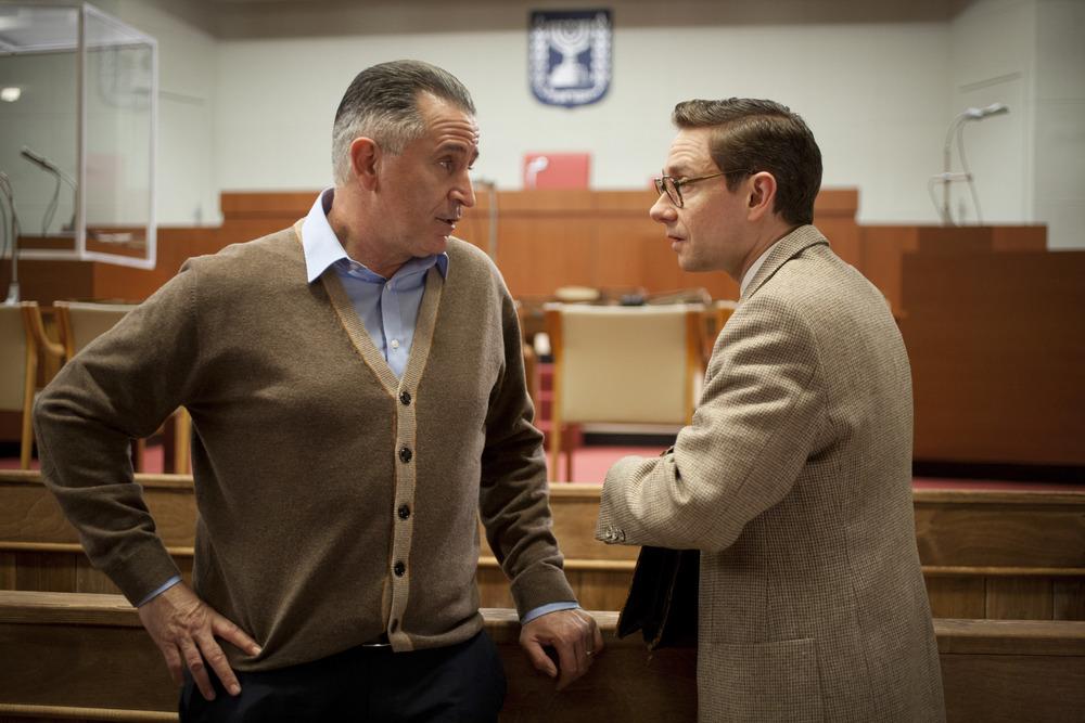 The Eichmann Show: Anthony LaPaglia e Martin Freeman in una scena del film