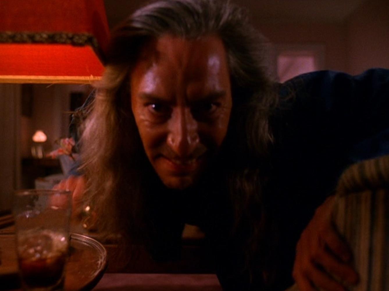 I segreti di Twin Peaks: Frank Silva nei panni di Bob in una scena della celebre serie tv