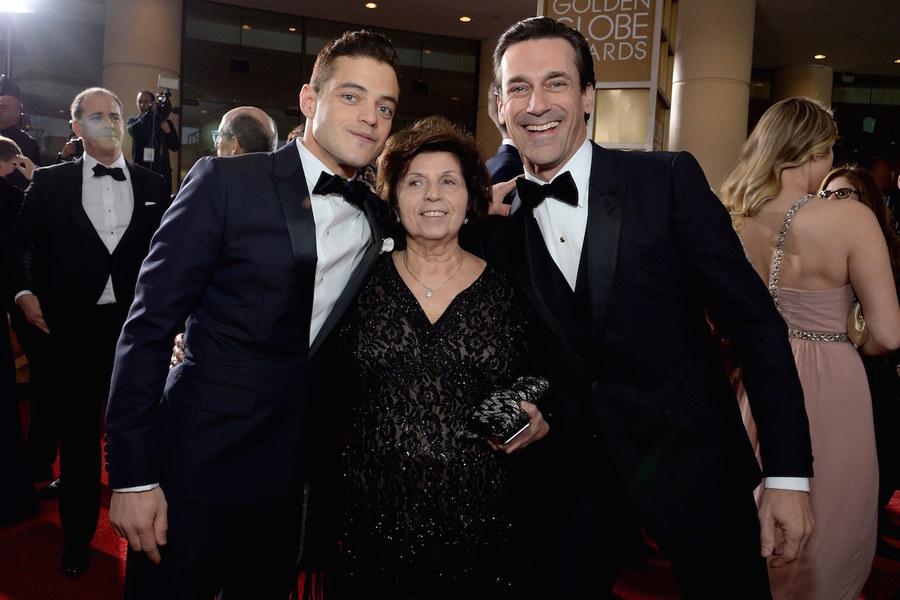 Golden Globes 2016 - Rami Malek con sua mamma... e Jon Hamm!