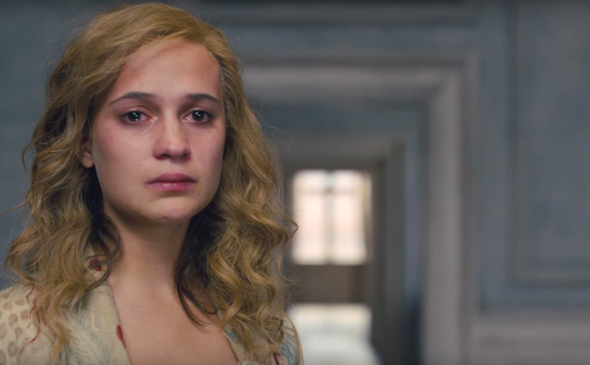The Danish Girl: Alicia Vikander in una scena del film