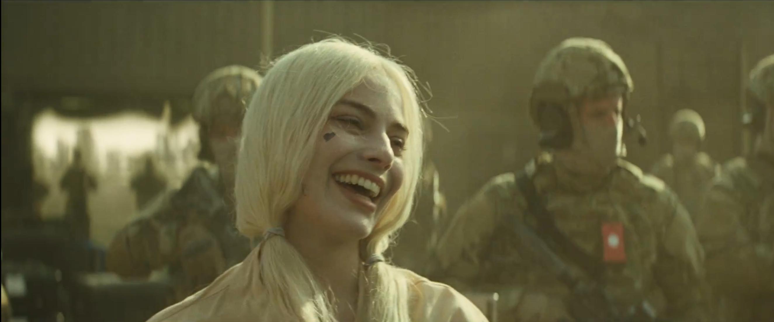 Suicide Squad: la pazza Harley Quinn nel nuovo trailer del film