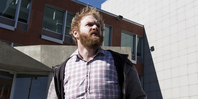 Heroes Reborn: l'attore Henry Zebrowski in un'immagine di Project Reborn