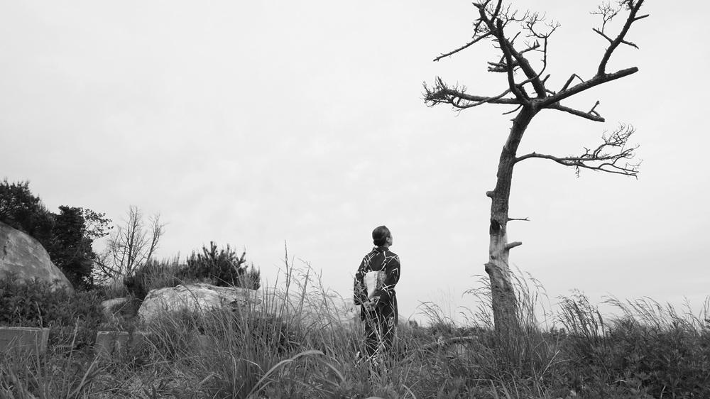 Fukushima, mon amour: Kaori Momoi in una scena del film