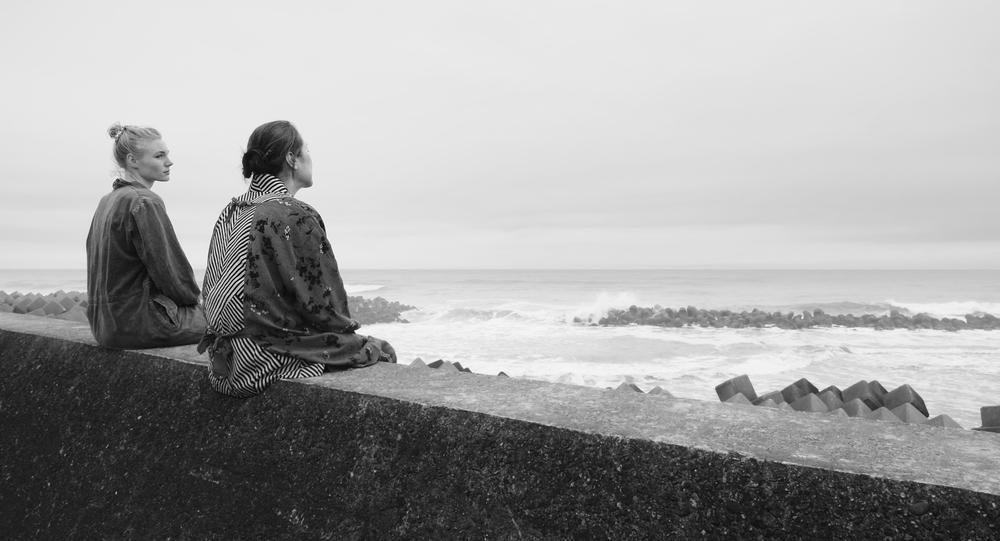 Fukushima, mon amour: Rosalie Thomass e Kaori Momoi in un'immagine del film