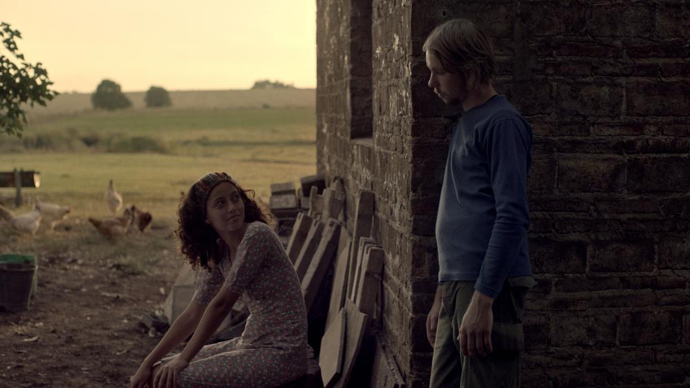 The Black Frost: Ailin Salas e Lucas Schell in una scena del film