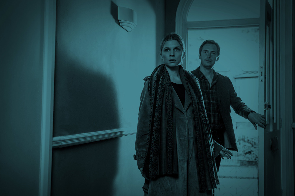 The Ones Below: Stephen Campbell Moore e Clémence Poésy in una scena del film