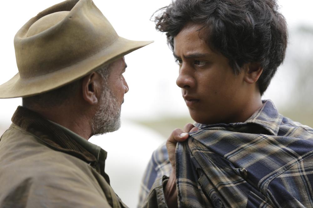The Patriarch: Temuera Morrison e Akuhata Keefe in una scena del film