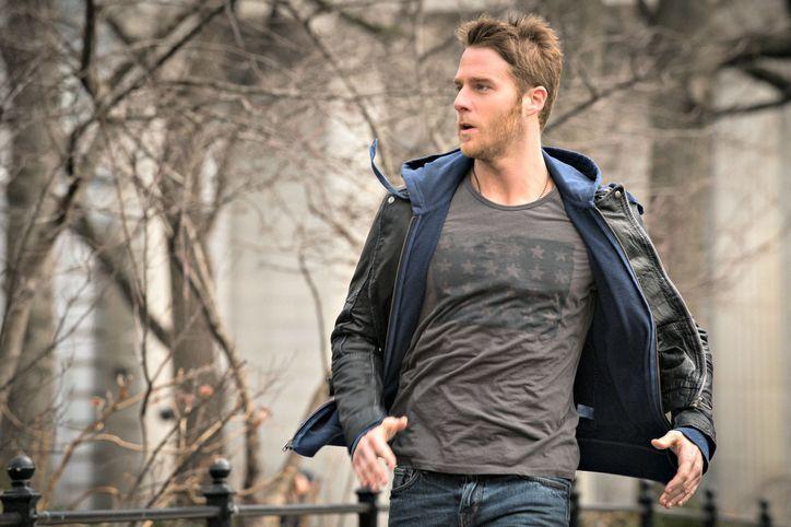 Limitless: il protagonista Jake McDorman in un'immagine della prima stagione