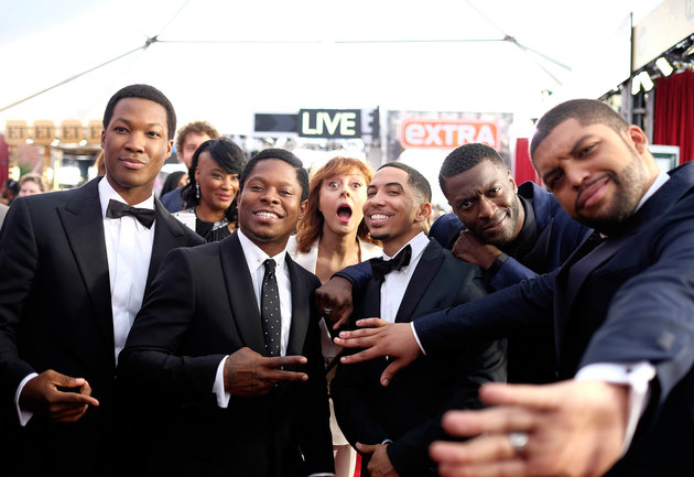 Straight Outta Compton: il photobombing di Susan Sanrandon ai SAG Awards