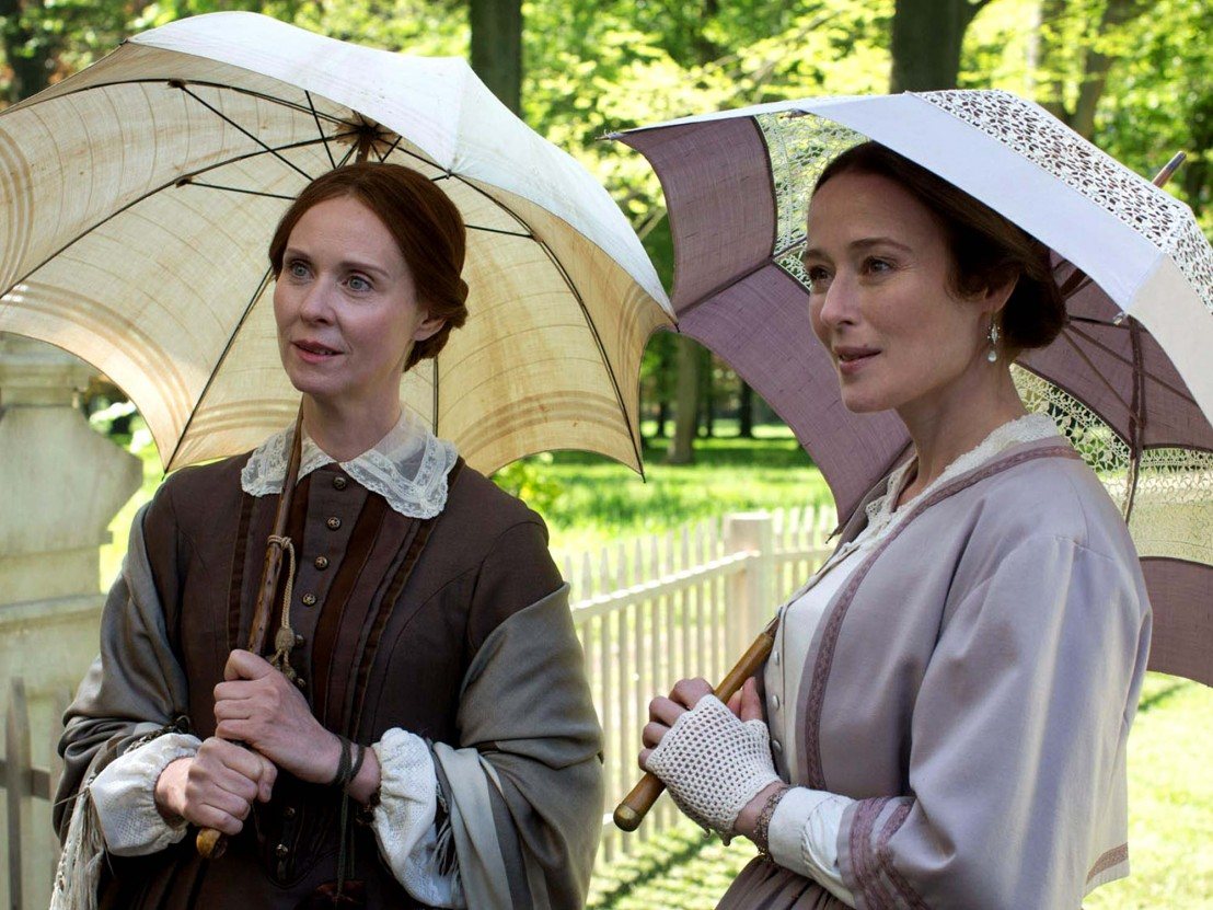 A Quiet Passion: Cynthia Nixon e Jennifer Ehle in un momento del film